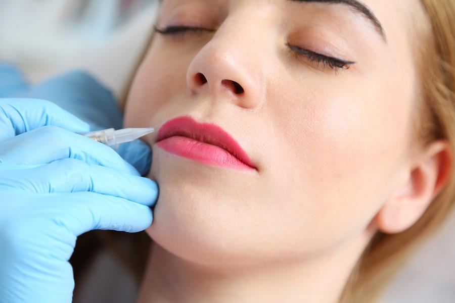 Les différents domaines d'usage du maquillage permanent