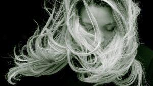 Comment lutter contre la chute des cheveux ?