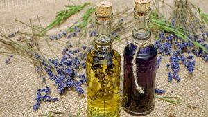 L'huile essentielle de lavande vraie, l'astuce de choix pour un bien-être au naturel